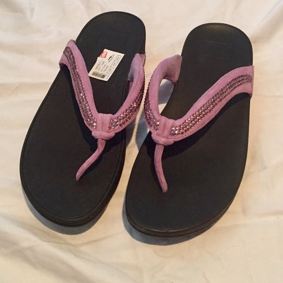 075eabae2fe3d NEWGorgeous pair of lilac fitflops